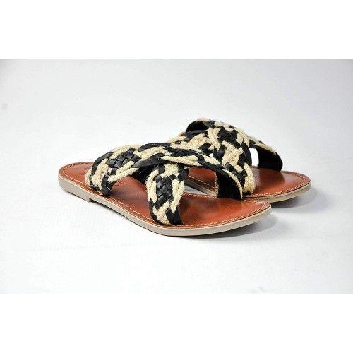 Sandalias de piel planas...