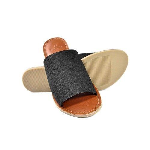 Sandalia de piel planas