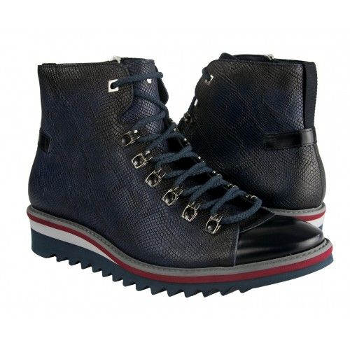 Lace-up ankle boot for men...