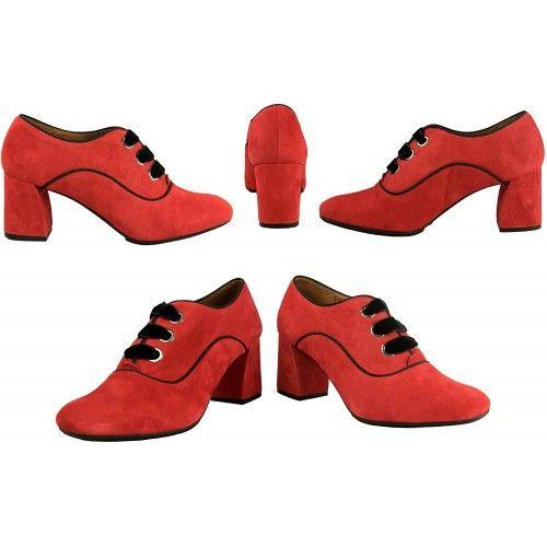 Zapatos de piel con tacón...