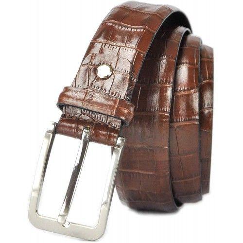Cinturón de piel grabado...