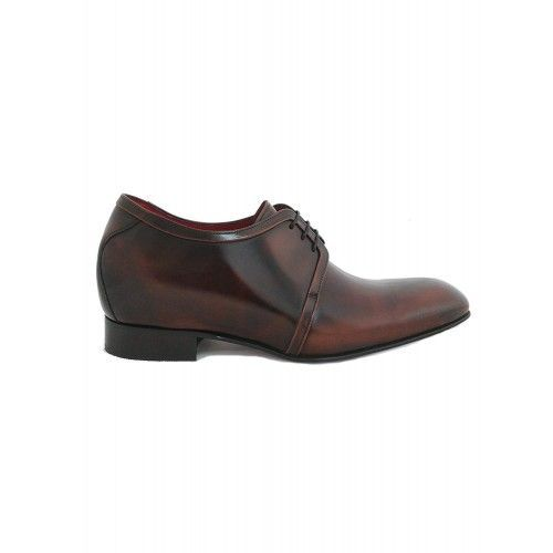 Zapatos elegantes con alzas...