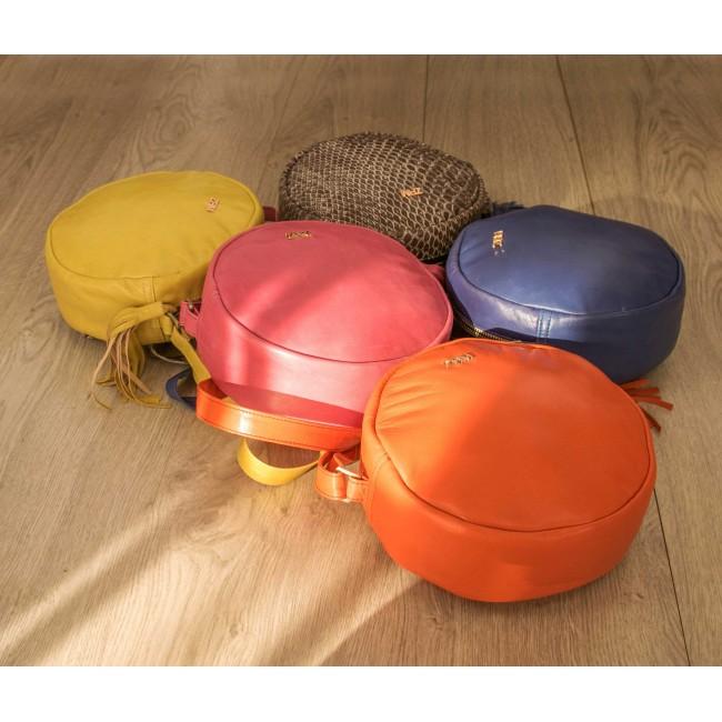 Nueva colección de bolsos color MOON