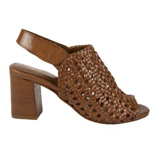Skórzane sandały plecione z...