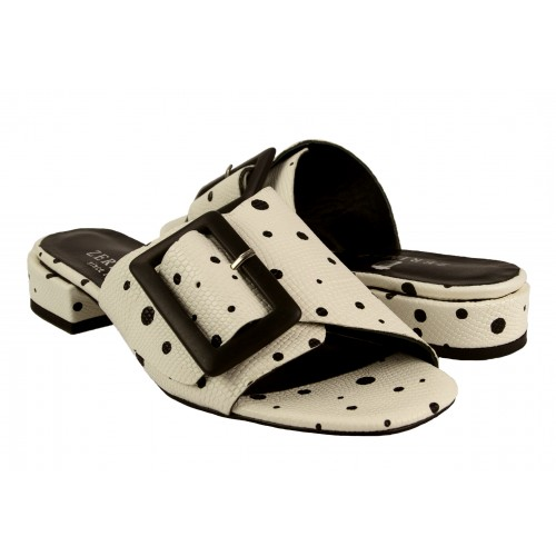 Sandalias de piel Modelo...